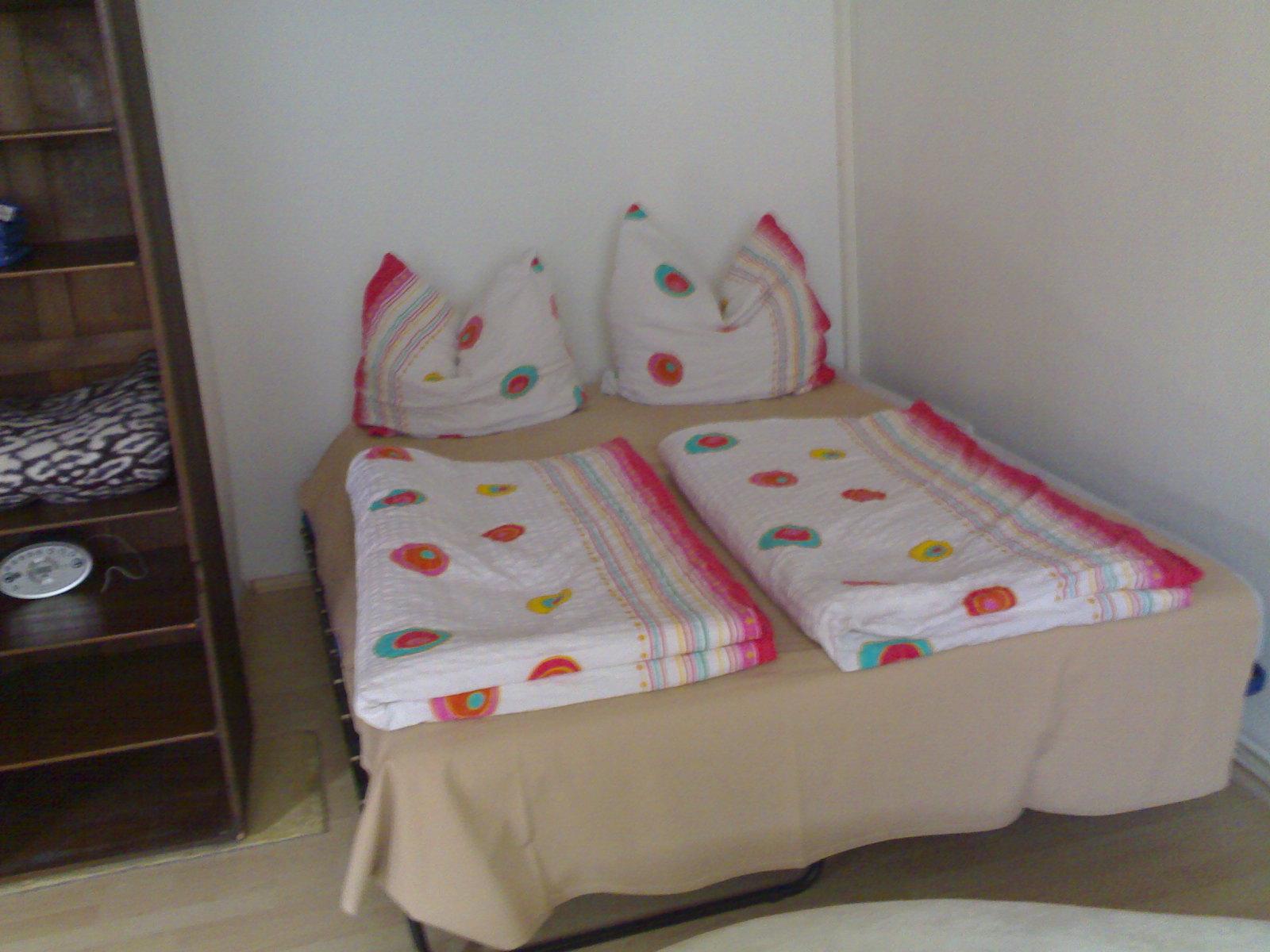 bett 1 60x2 00 latest bett x m with bett 1 60x2 00 simple bett x a en boxspring betten x with. Black Bedroom Furniture Sets. Home Design Ideas